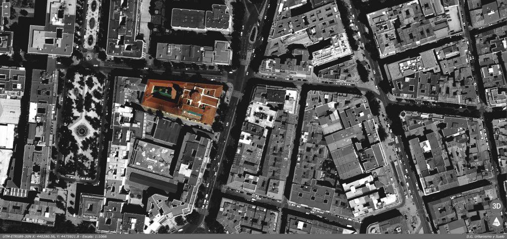 Proyecto Capilla Congregación S. Pedro. Foto aera del conjunto